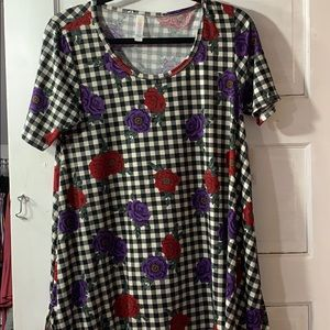 Small perfect tee llr